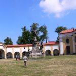 Ambitu za bazilikou